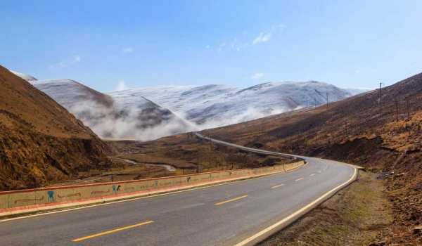 Five Tips for Driving Like a Pro on Mountains